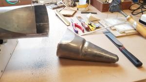 Beschadigde voet losgezaagd en kern verwijderd